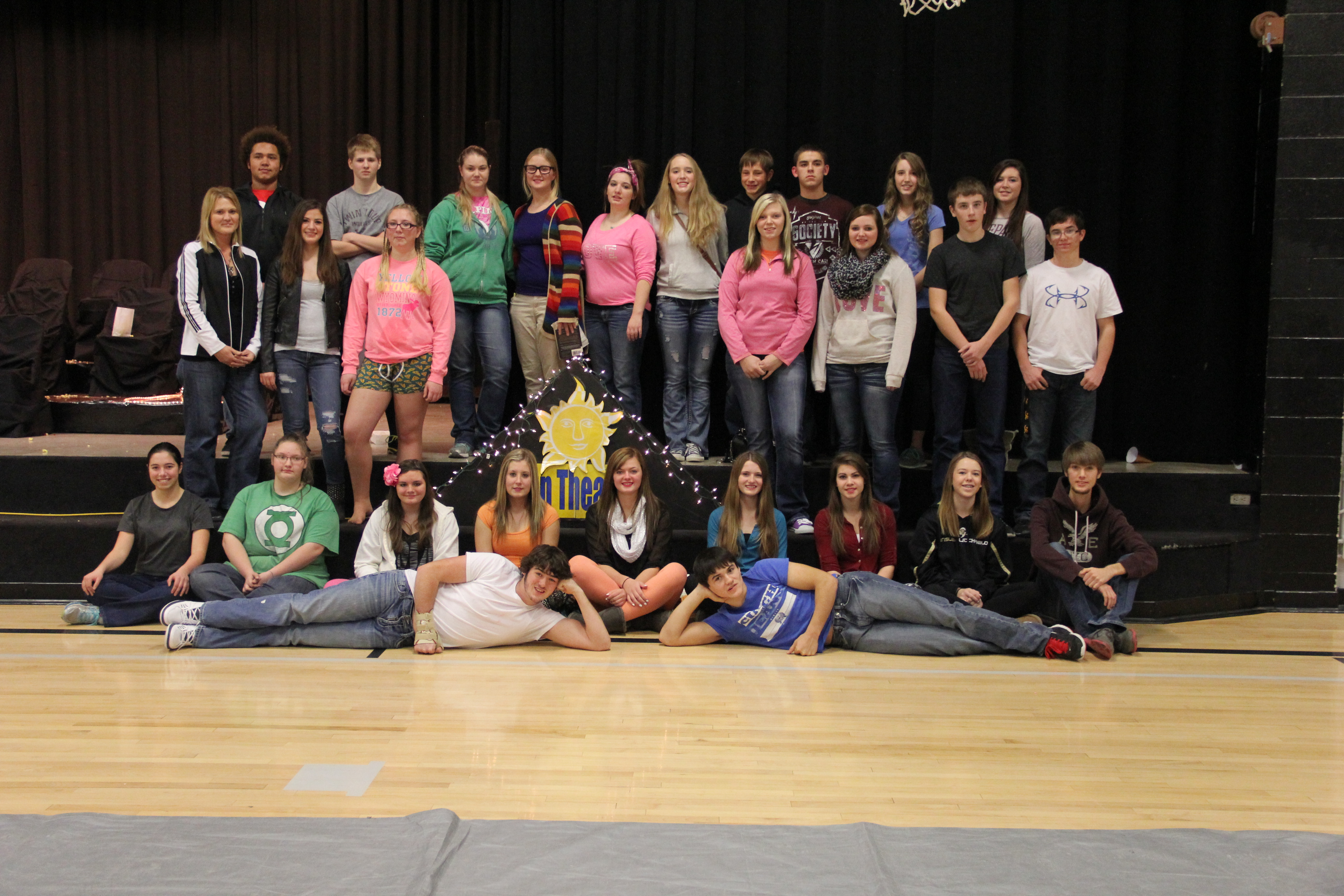 Group Pic Cast and Crew