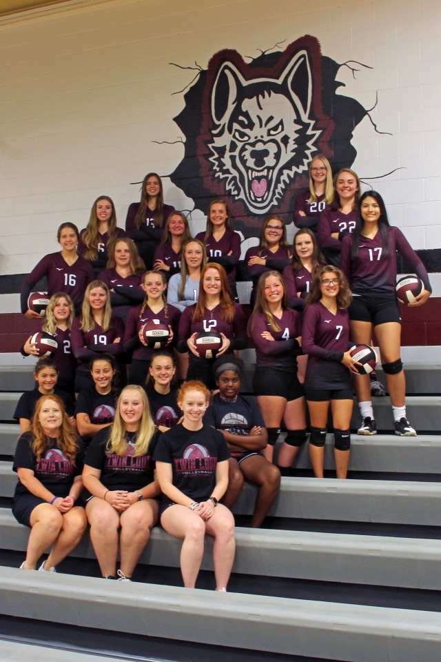Twin Loup Volleyball Team Picture.jpg